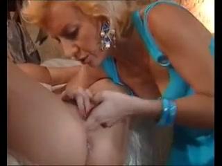 Masturbates Lesbea photo pornos