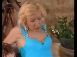 Fuckin closeup Nipples lesbien