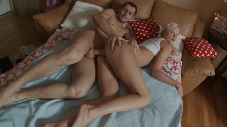 Cute golden-haired doll receives fur pie on wang and face hole in cream guy ametuer ass to oiled