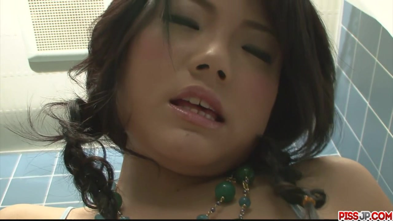 Haruna Katou Fingers Her Twat In T - More at Pissjp.com