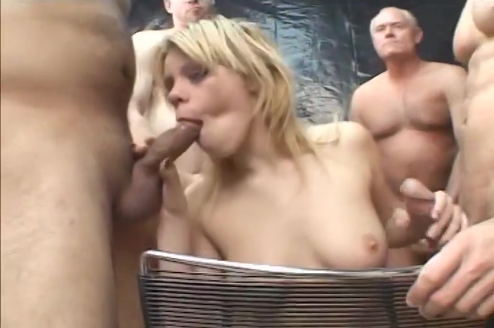 Slutty Blonde Takes The Dick Deep In Her Mouth