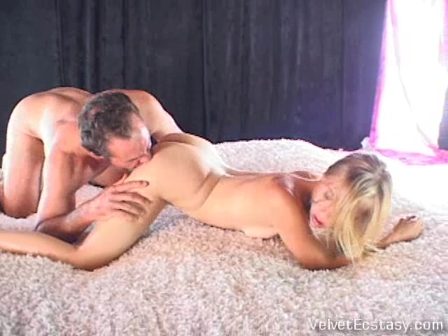 VelvetEcstasy Video: Double Pinch adult arts and crafts
