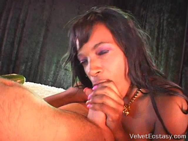 VelvetEcstasy Video: Vichys Soise