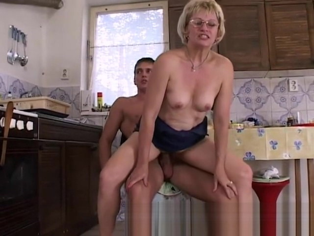 YouPorn - mature-blonde-stepmom-in-glasses-early-morning-fuck