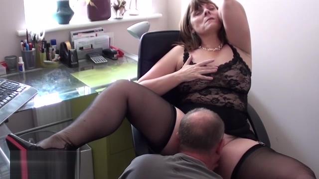 Hottest xxx movie British unbelievable nude mom porn photos