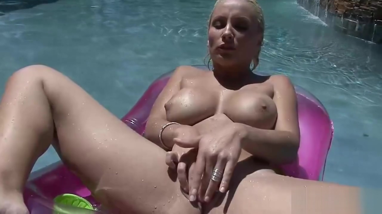Busty babe with clean shaved pussy on the pool Chrome door strip