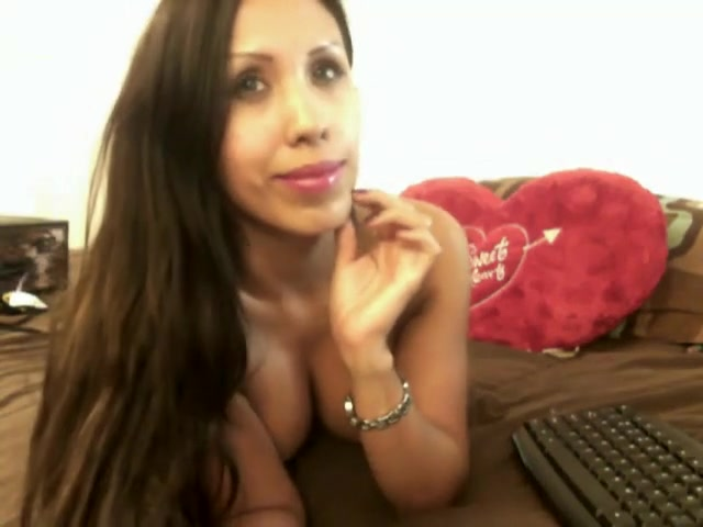 Gorgeous Latina with amazing forms performing a webcam show is marc elliot gay