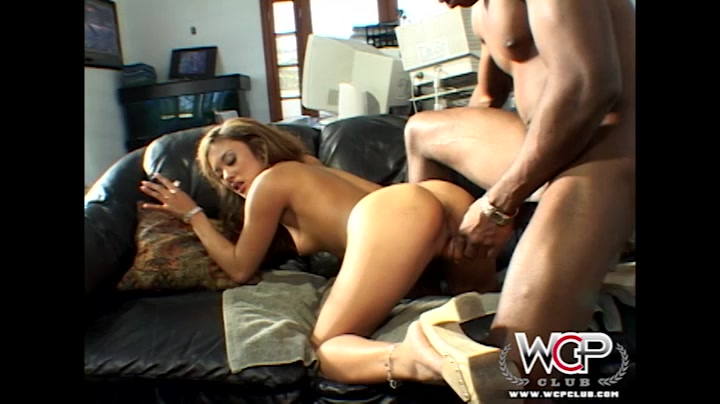 Mandingo pounded. WCPClub Videos: Kaylani Captain stabbin busty