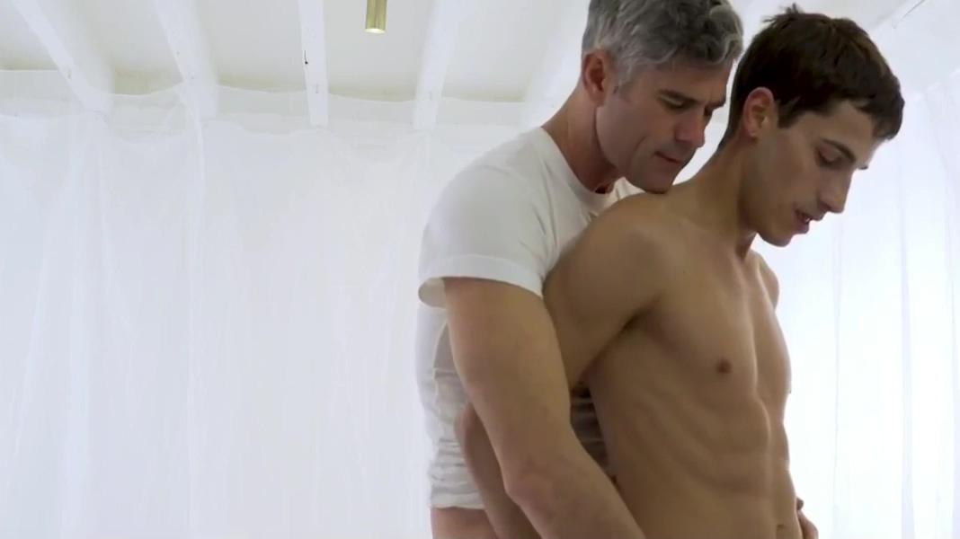 Boy serve daddy the dreamers movie sex