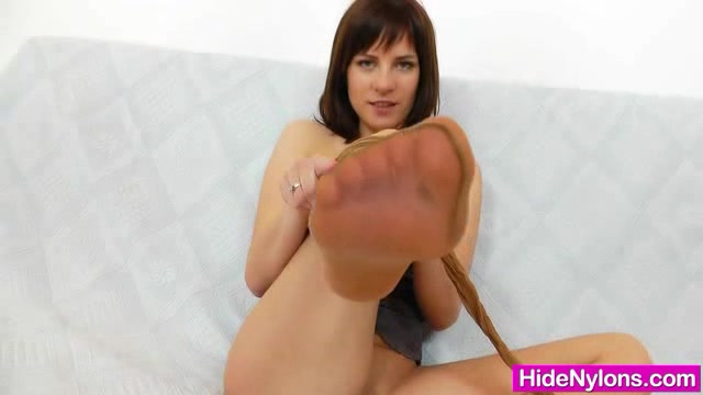 Leony hot nyloned legs and naughty pantyhose fetish porn sites joined by jenna finnegan