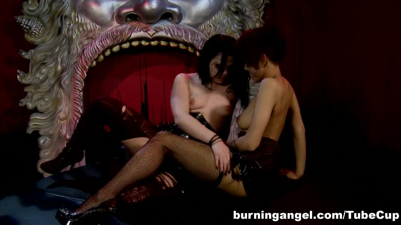 Lump anus painful very on