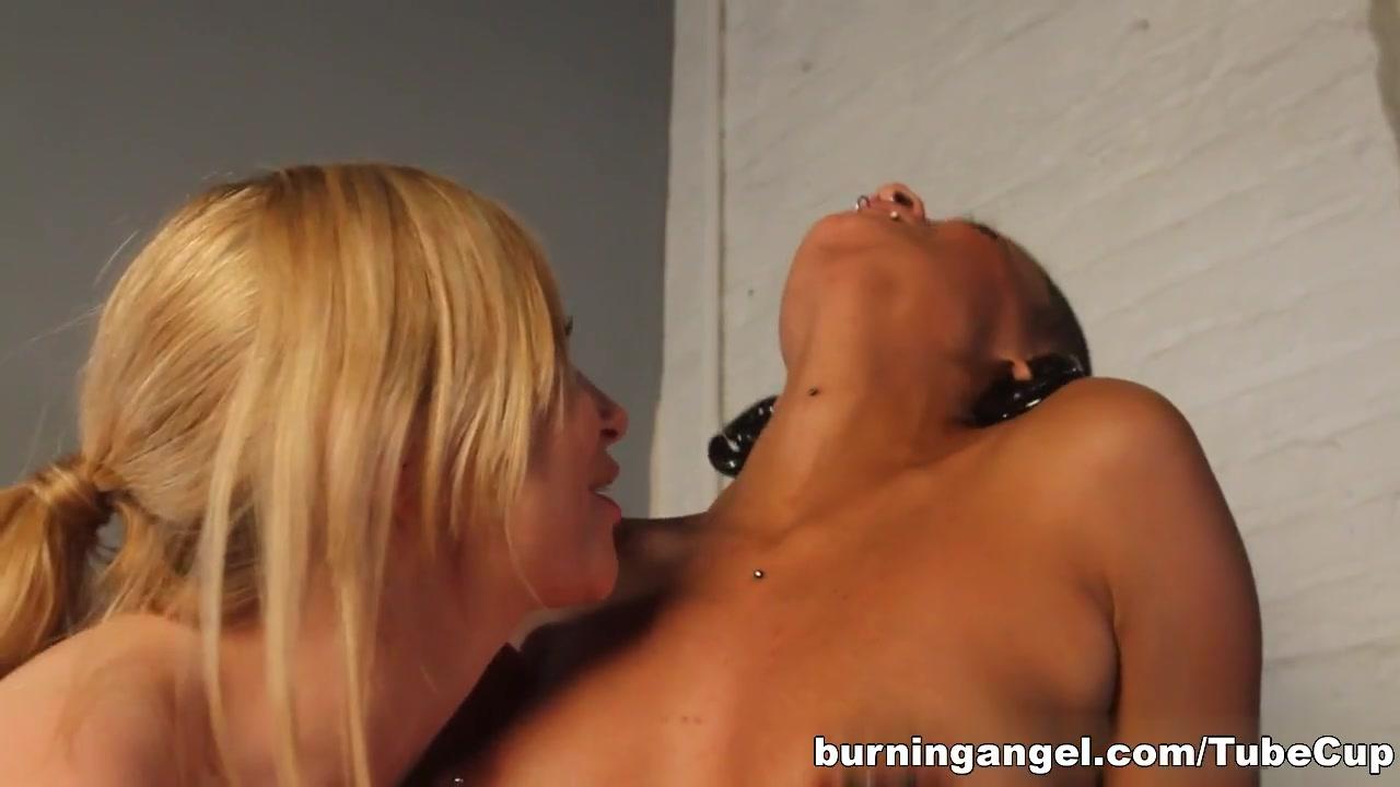Lesbianh pornb organ clip