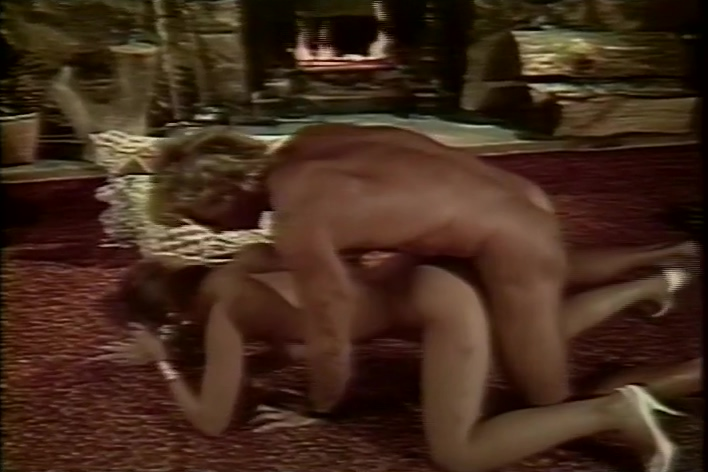 1980s Porn Flick With Plenty Of Pearl Necklaces Classy lesbian tube