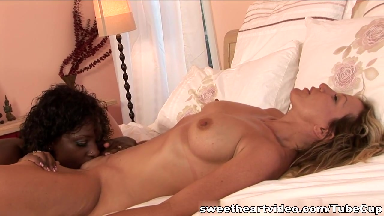 A eating girl guys out porn -