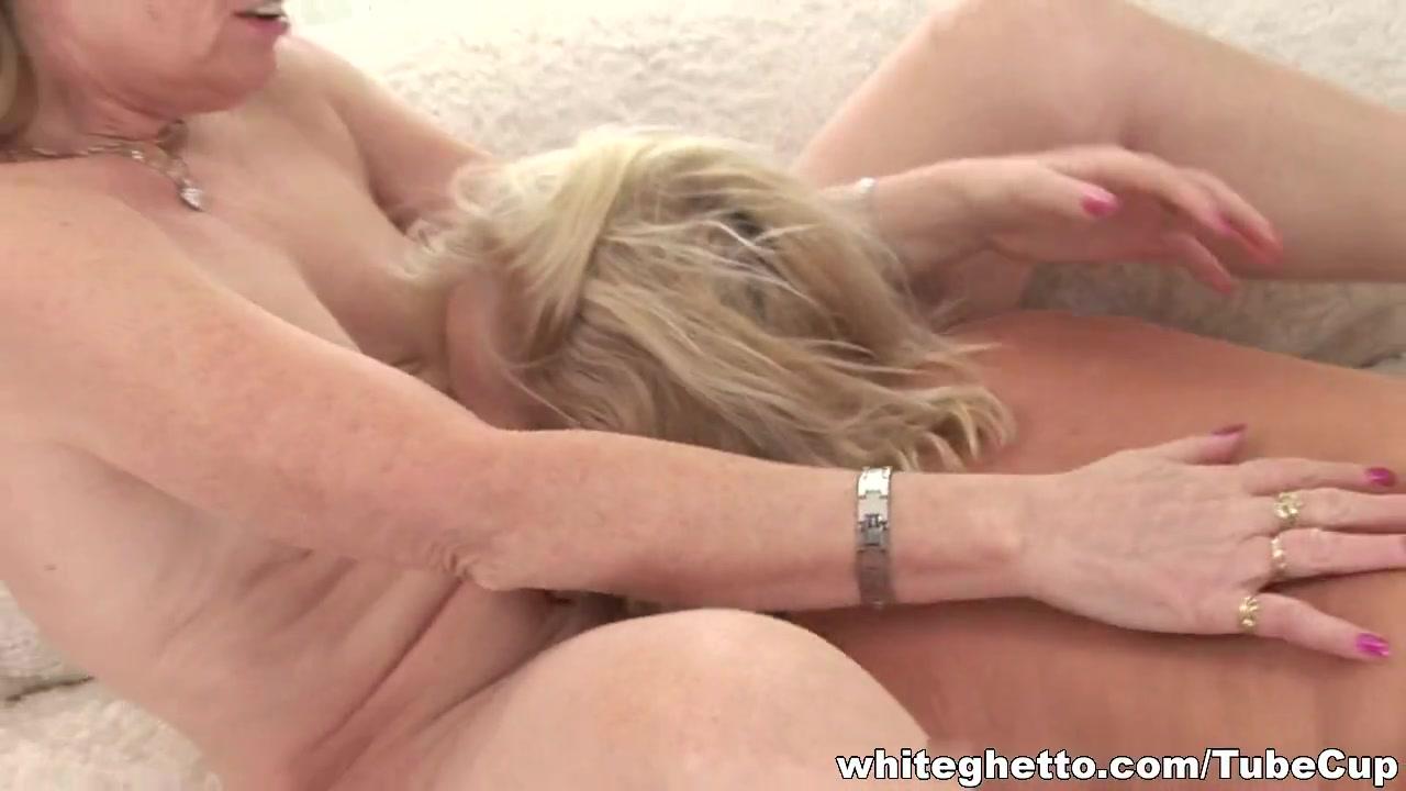 Horne fucks lesbios Vibrator