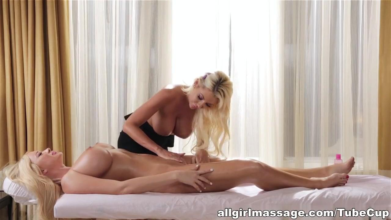 Lesbia porns licking Showet