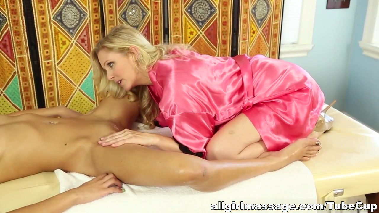 Joslyn Hot james cocksucking milf