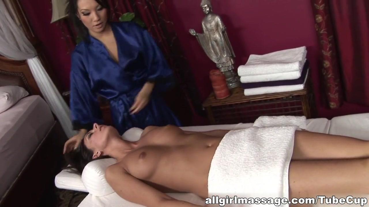 Porn Massage masturbated lesbians