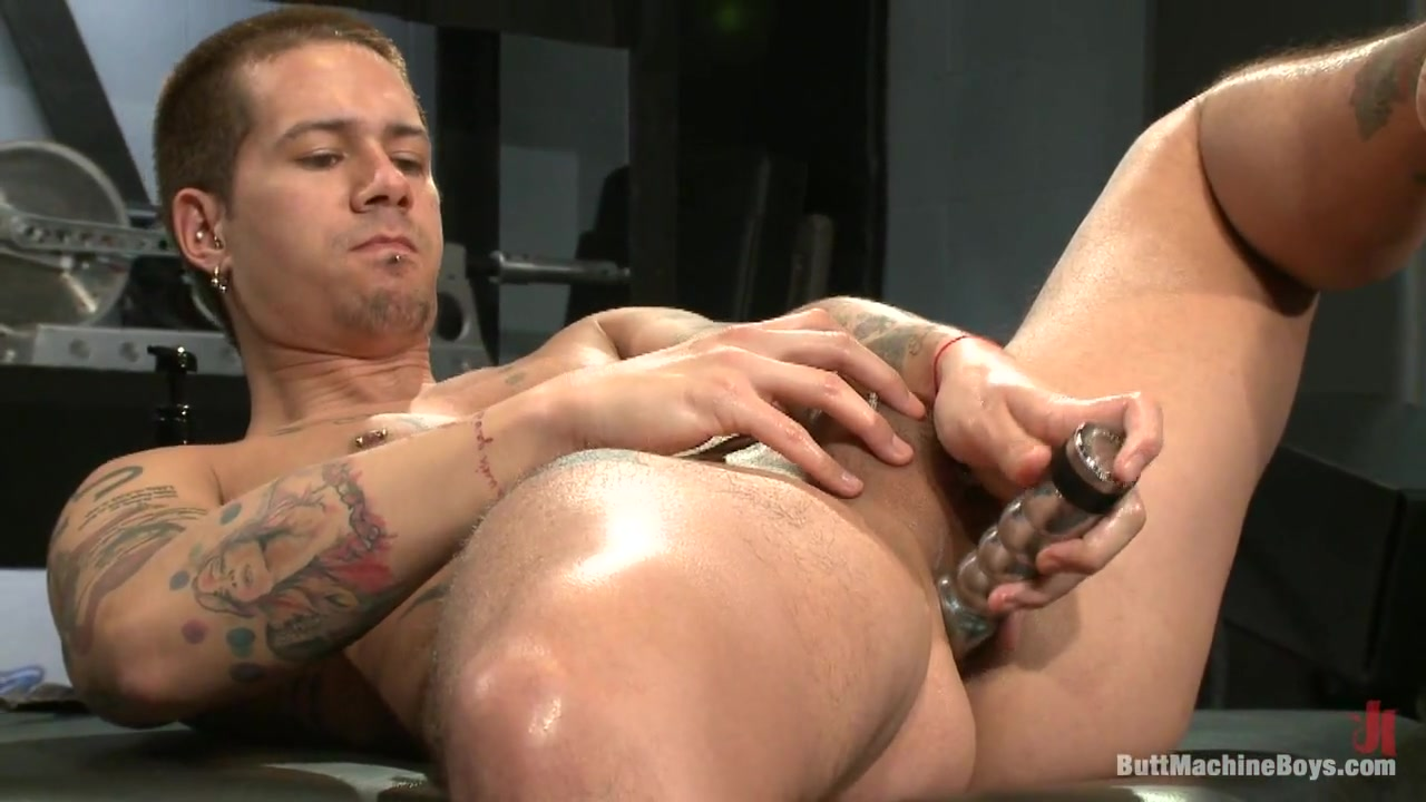 ButtMachineBoys: Rocco Giovanni free amateur sex website