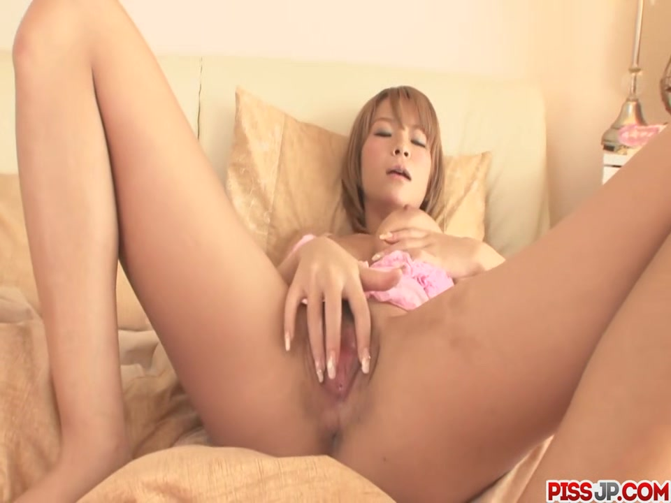 Sumire Matsu Makes Herself Squirt - More at Pissjp.com Very Hairy Armpits Lesbian