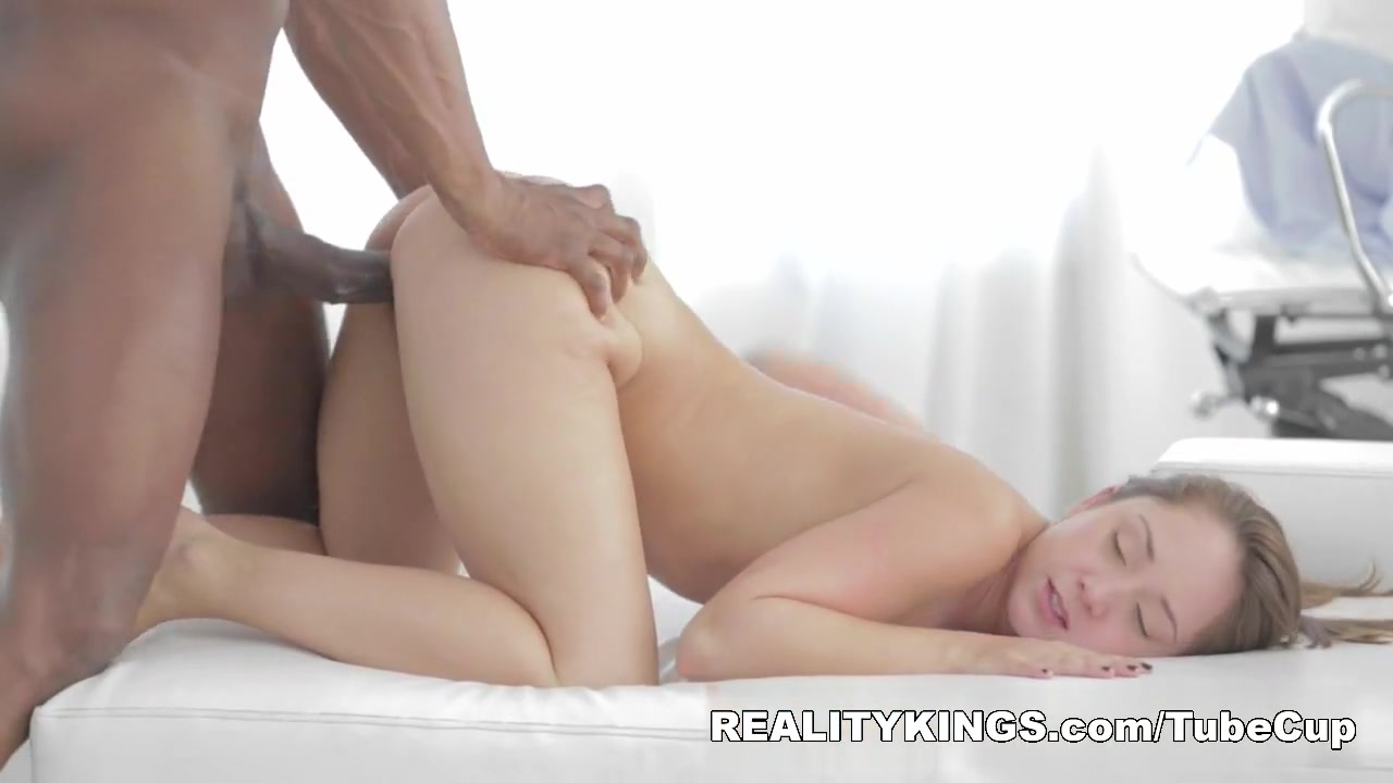 HDLove - Rocking Remy Hot naked black girls with shaved pussys