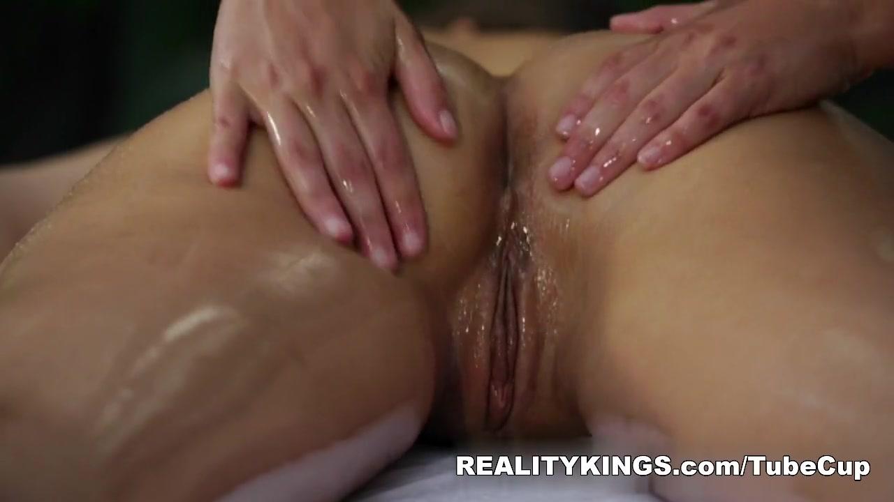 Sluty porn lesbien Beautiful