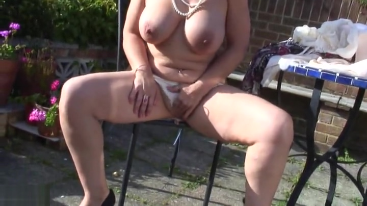 Tempting busty experienced female los angeles star summer program