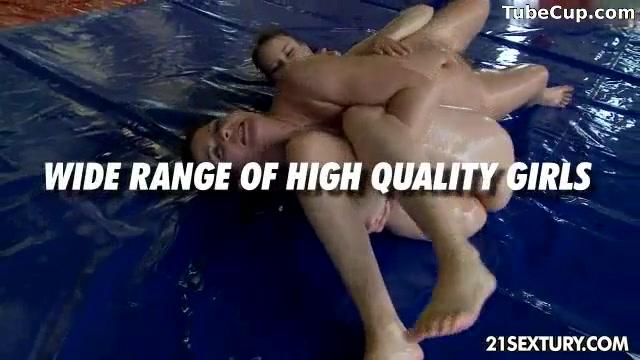 Sexual fucker tubes Lesbias
