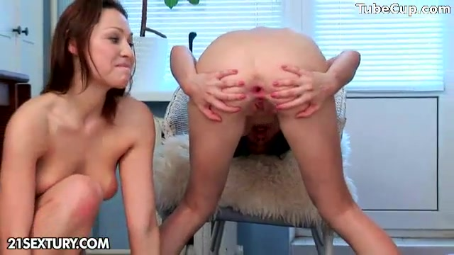Lesbos sexi fucked Teens