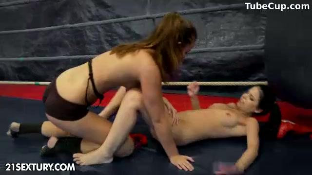 Horne naked lesbo Domination