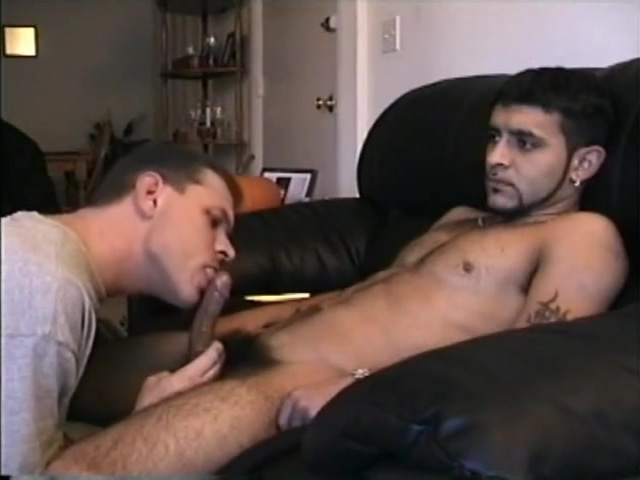 SneekPeek getting Vinnie off FFM Threesome with Nasty Ass to Mouth