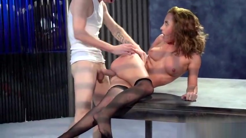 Anal porn video featuring Roxanne Rae and Danny D