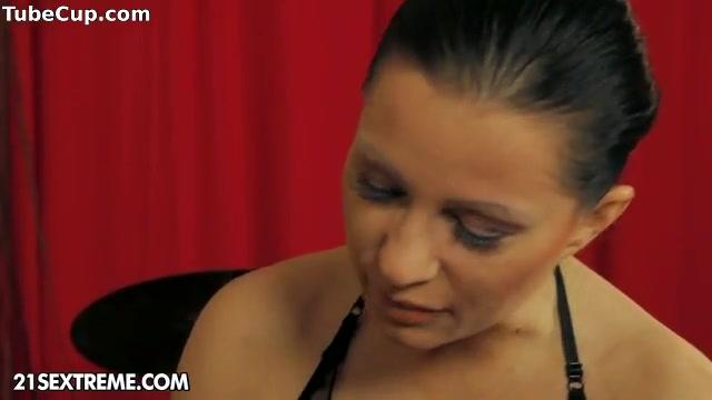 Japanese lesbiian porn fuckd