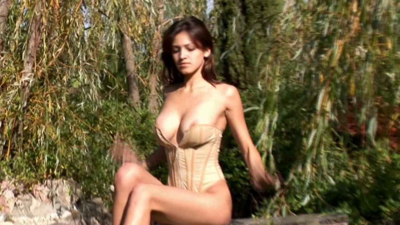 Video from Meta-Art: Sofi A - Divinis - by Goncharov