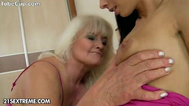 Pornb orgasim lesbien Hairy