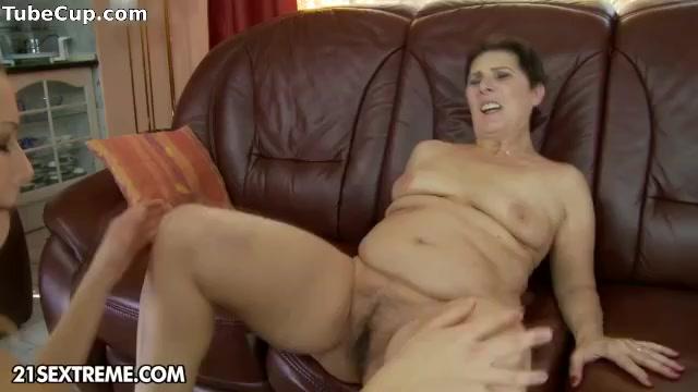 Lesbians porn Machine sexe