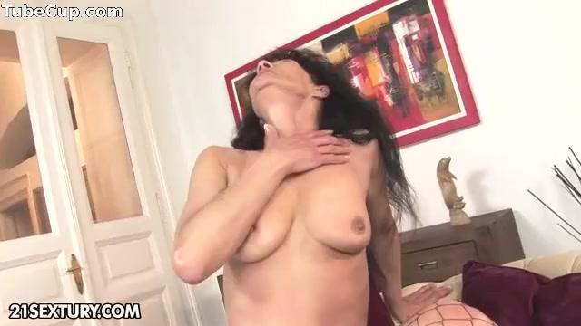 Lesbias porn orgasam French