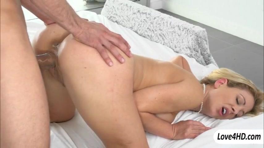 Huge boobs milf Cherie Deville slammed Naked black women masterbating