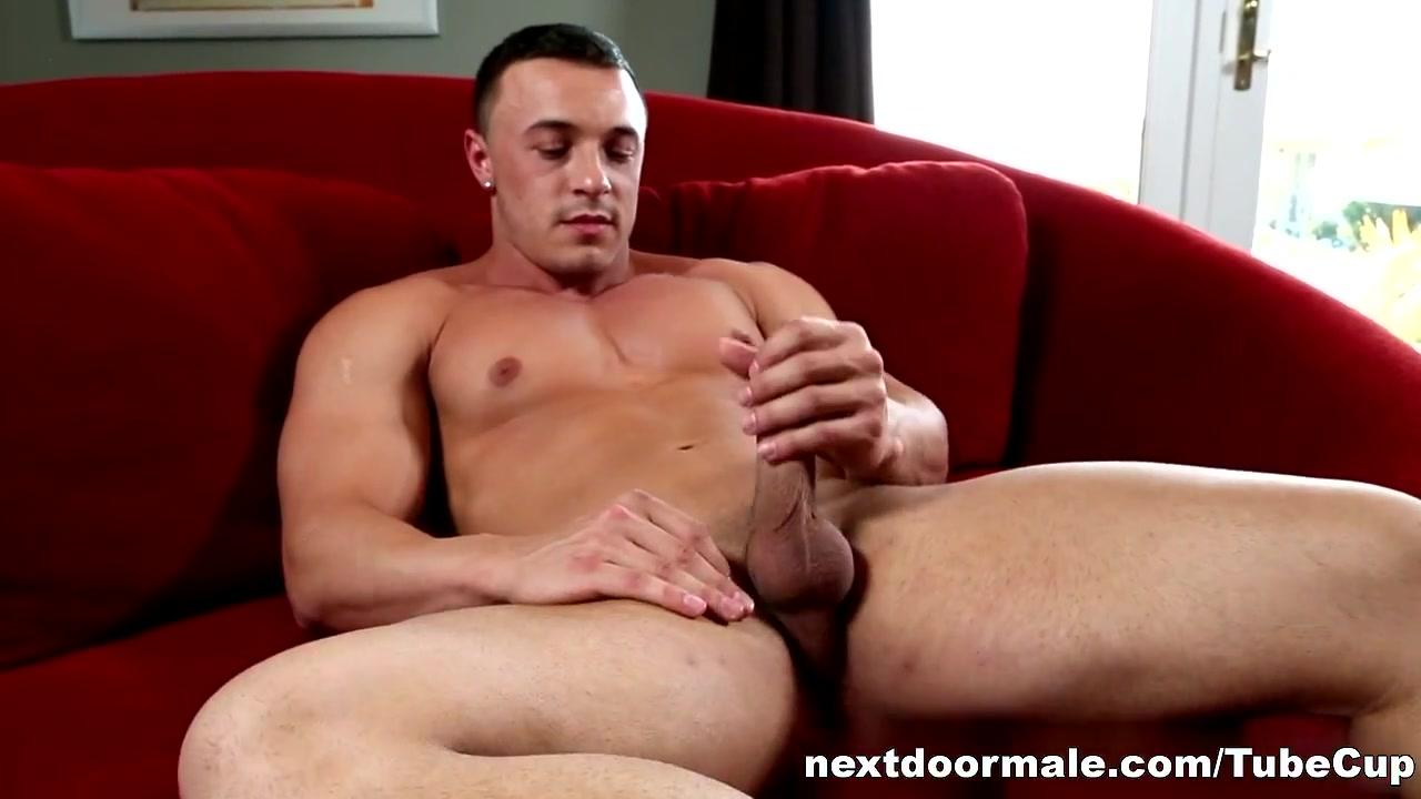 NextdoorMale Video: Marco Ratillo jessica moore bukkake jessica moore big tits porn pic