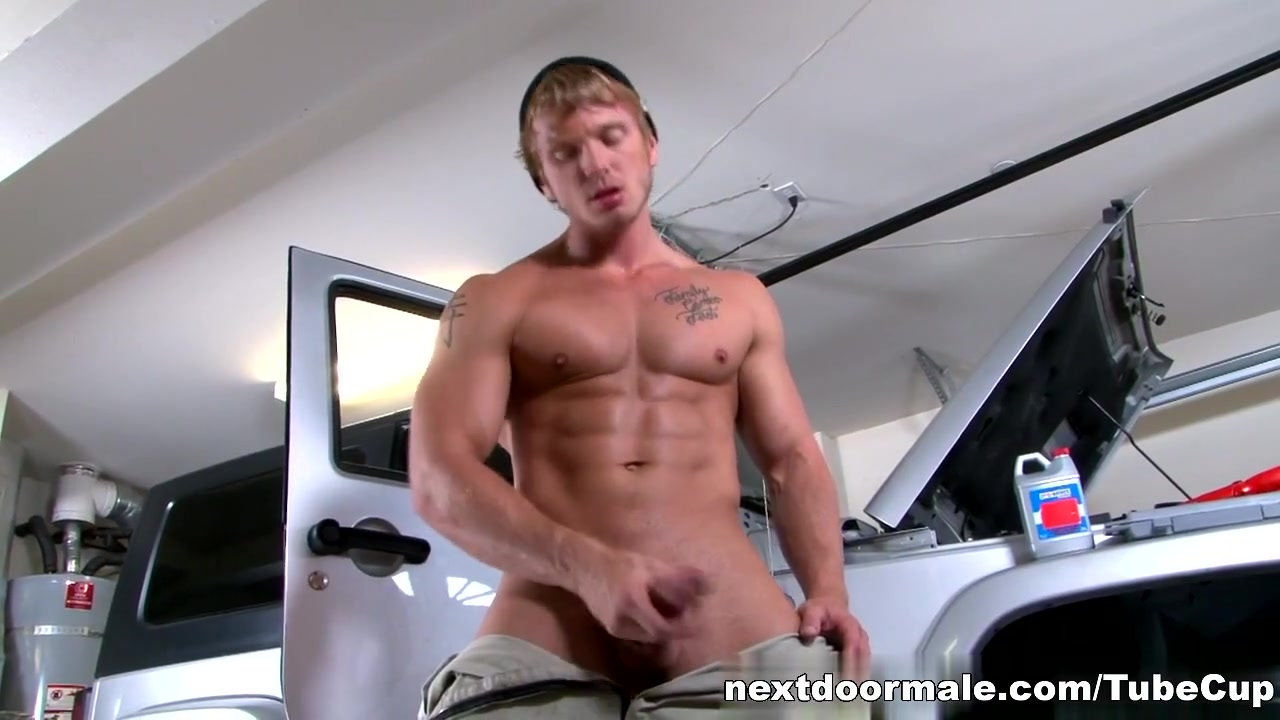 NextdoorMale Video: JAMES HUNTSMAN Vanessa Black Anal Creampie