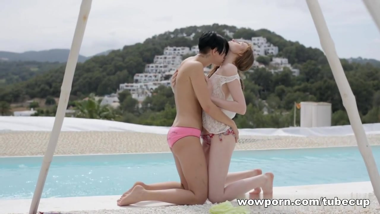 Pussy pics lesbian Ebony licking