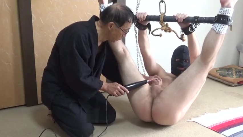 Young American guy (A) Sep 2019; Violet Wand uncle cumming in niece pussy