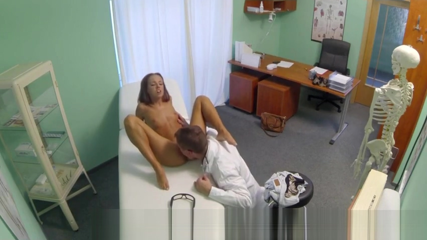 Perfect brunette babe pussy fucked by doctor porn big boobs anal