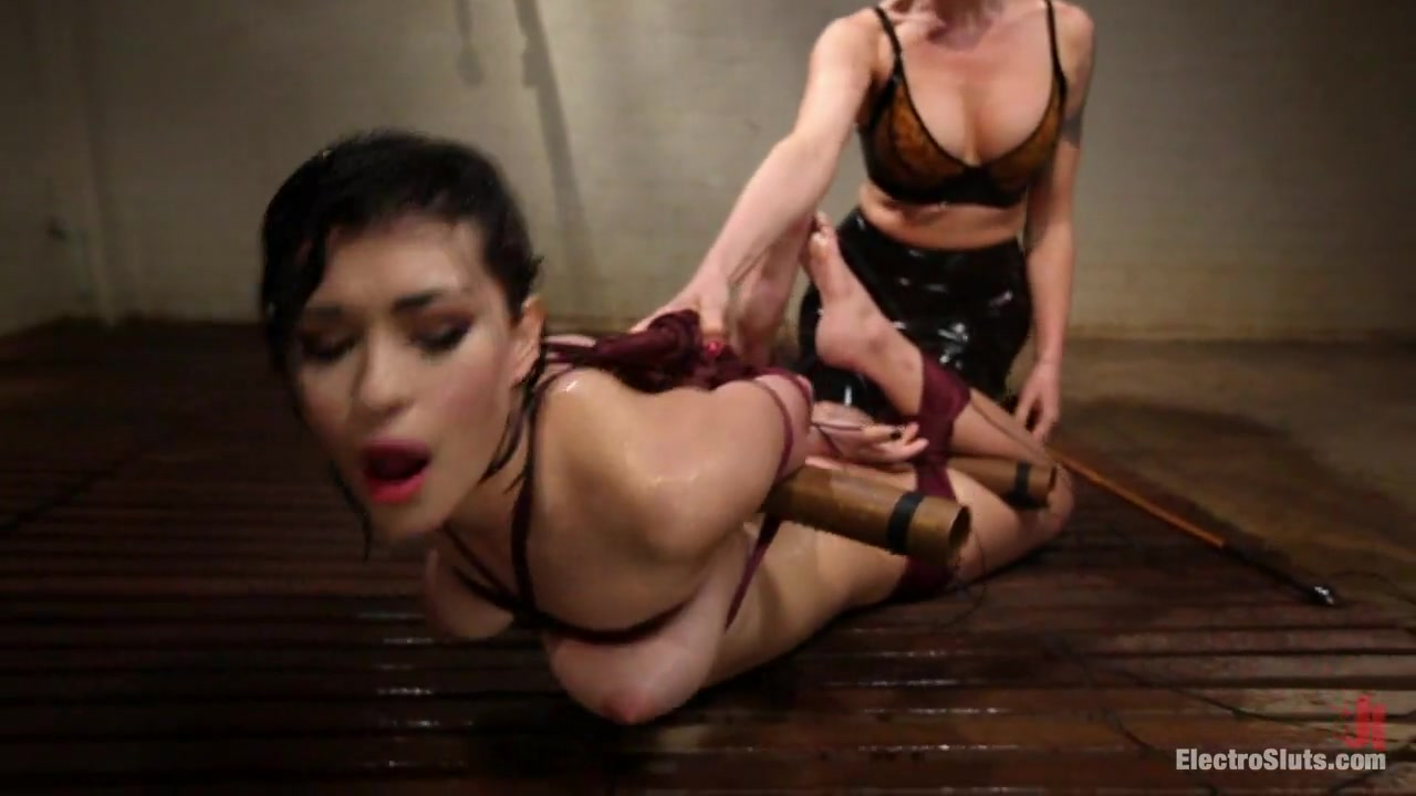 Dick on black squirting girl