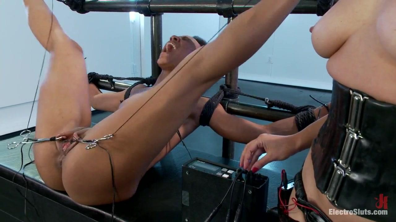 Sexy latinas hot nude