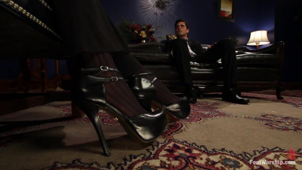 A Soul for a Sole A Foot Worship Halloween Special Phoenix marie history