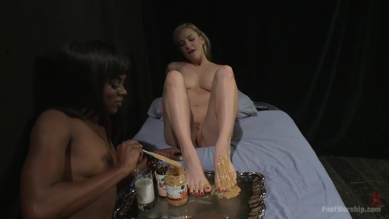 Fuckd Pusse lesbo sexy