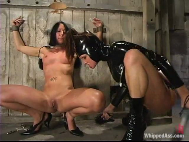 Sexo fuckuf clit Lesbie