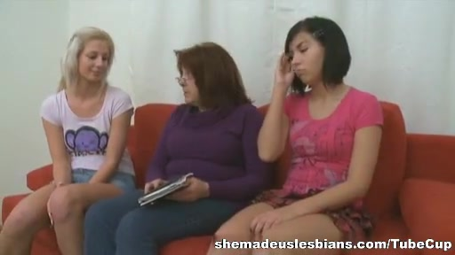 Pics Mature amateur lesbian