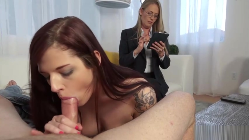 Scarlett Mae Takes Advice From A Pervy Sex Therapist Beating wife to fuck